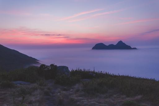 Vista do Pico Paraná ao amanhecer