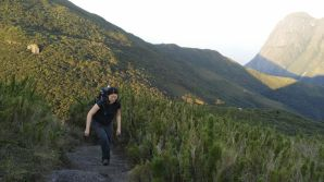 San, chegando ao cume do Pico Itapiroca