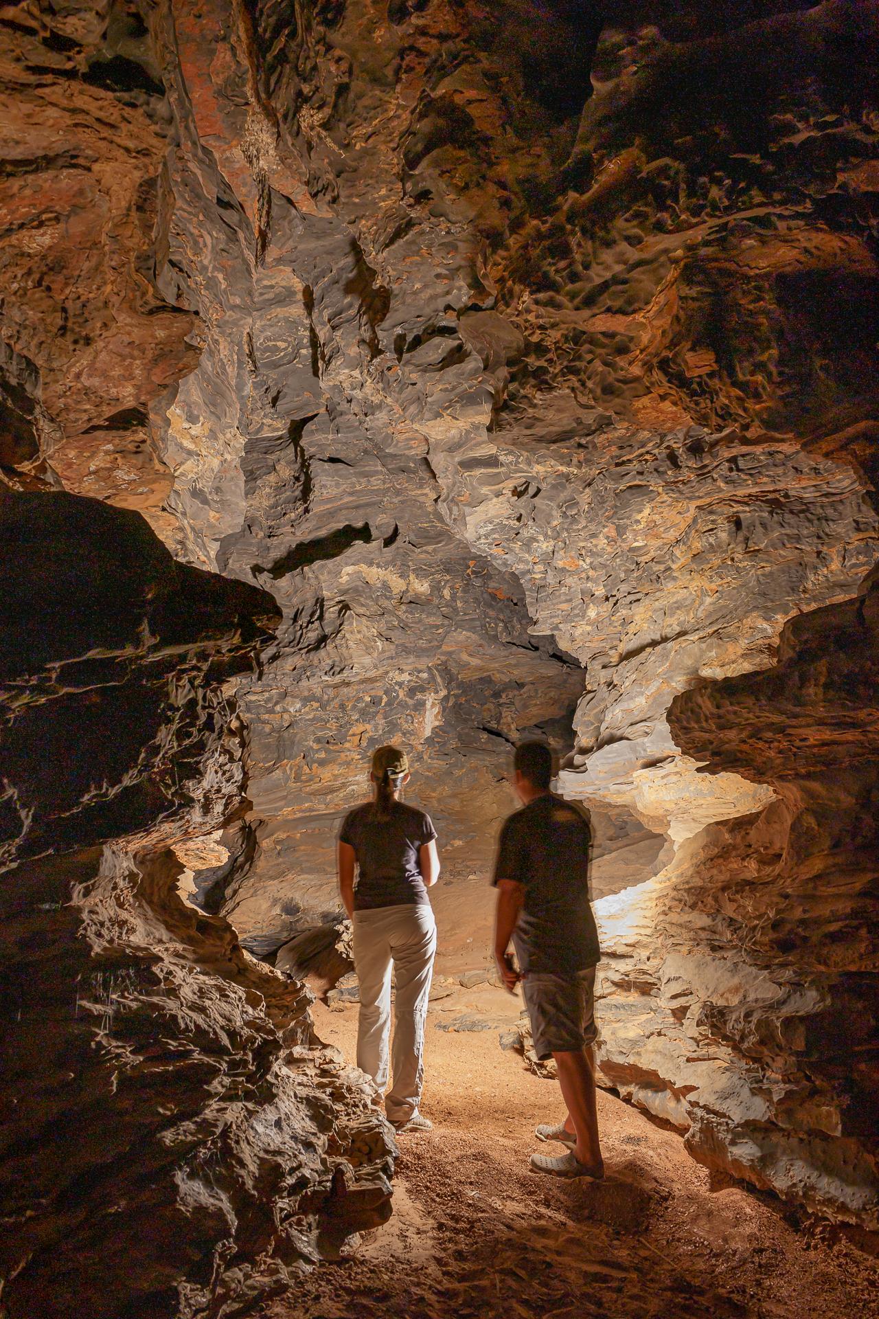 Cris e San, durante a captação de material para o Guia Digital de Lagoa dos Patos,  integrante da Coleção de Guias Circuito Turistico Lago de Irapé